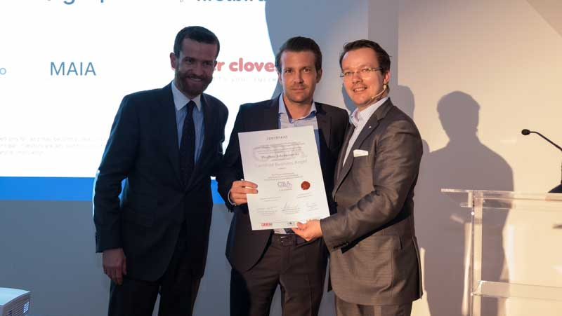 "Thorben Schiborowski (in the middle), founder of Convent Energy GmbH in Germany, was awarded as ""Certified Business Angel (CBA)"" following the event."